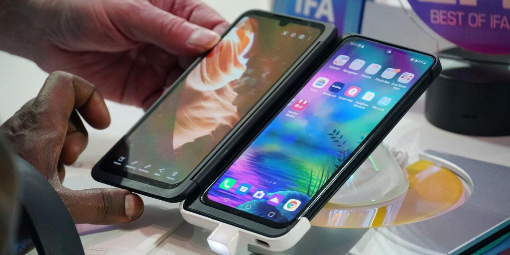Konnte sich nicht durchsetzen und wurde so zum Flop: Smartphones mit zwei Bildschirmen
