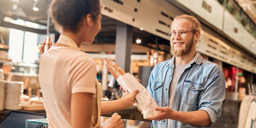 Sicherheit für Senioren im Internet: Der Einkauf beim Bäcker dient als Eselsbrücke für ein komplexes Passwort