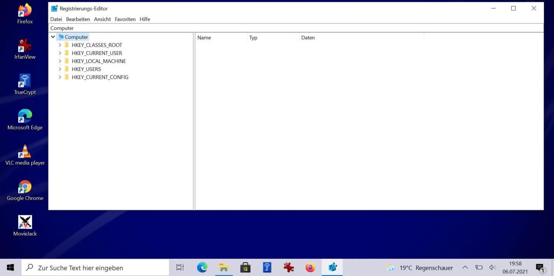 Mit Hilfe des Registrierungs-Editors die Versionsnummer am Desktop anzeigen.